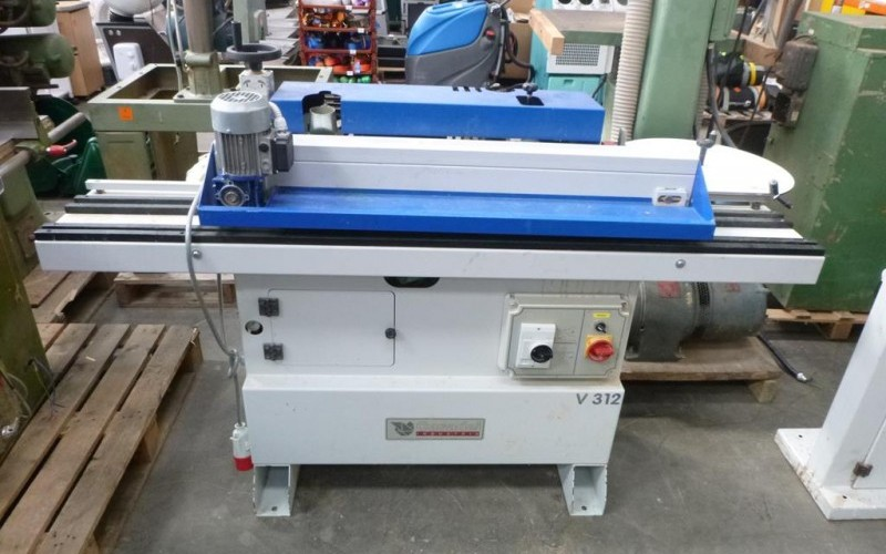 Collection of Woodworking Equipment