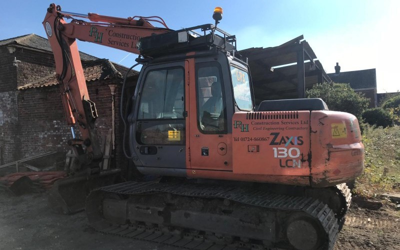 Online Auction of Contractors and Builders Plant, Vehicles and Materials.