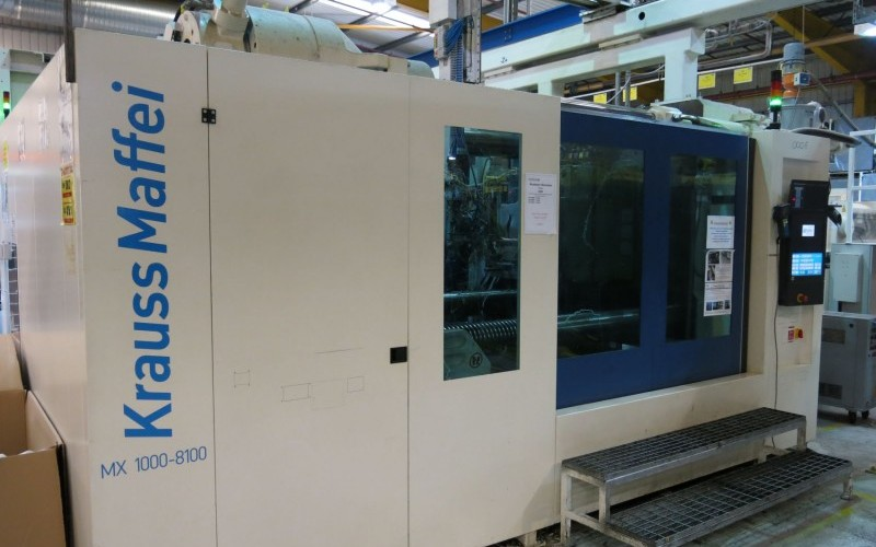 2011 Krauss Maffei Type KM1000-8100MX 1000 Tonnes Injection Moulding Machine