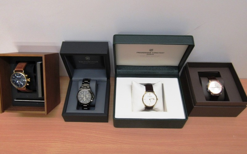 Online Auction - 1000 Lots of Designer Watches & Jewellery
