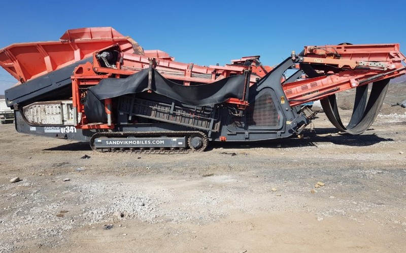 3 x 2015 Sandvik Mobile Scalping/Screening Machines